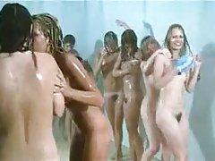 Filme porn paroase adolescenti duș